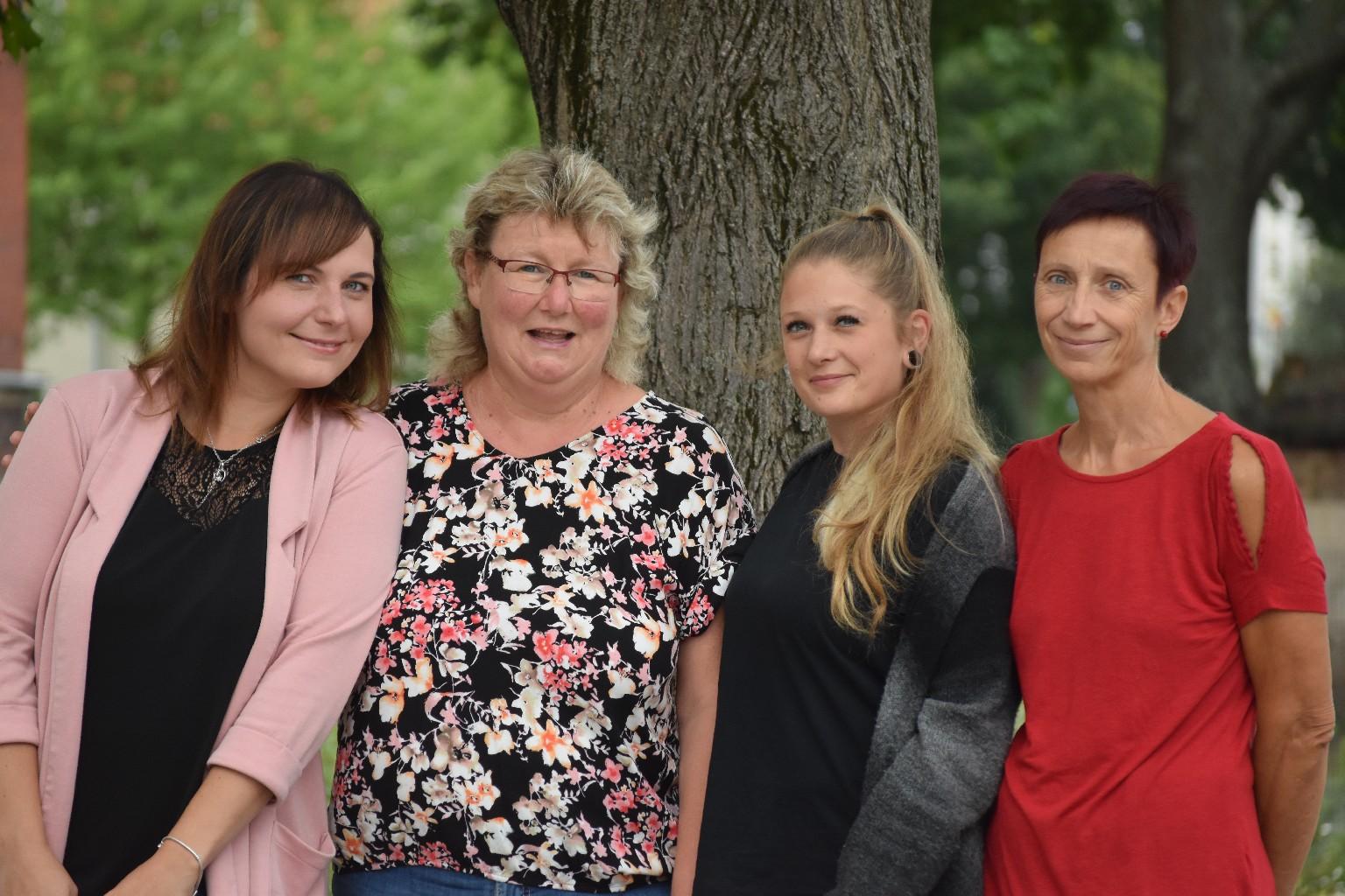 Erzieherinnen der 2. Klassen - Frau Schattschneider, Frau Rockstroh, Frau Nowak, Frau Berger
